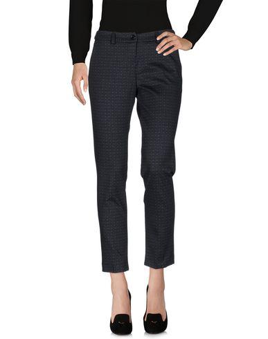 Повседневные брюки от MIA SULIMAN