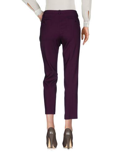 Фото 2 - Повседневные брюки от WEEKEND MAX MARA розовато-лилового цвета