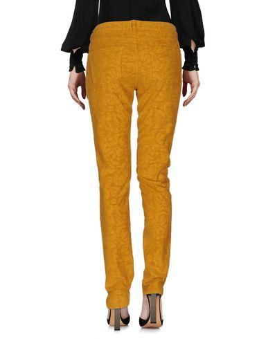 Фото 2 - Повседневные брюки от PT01 цвет охра