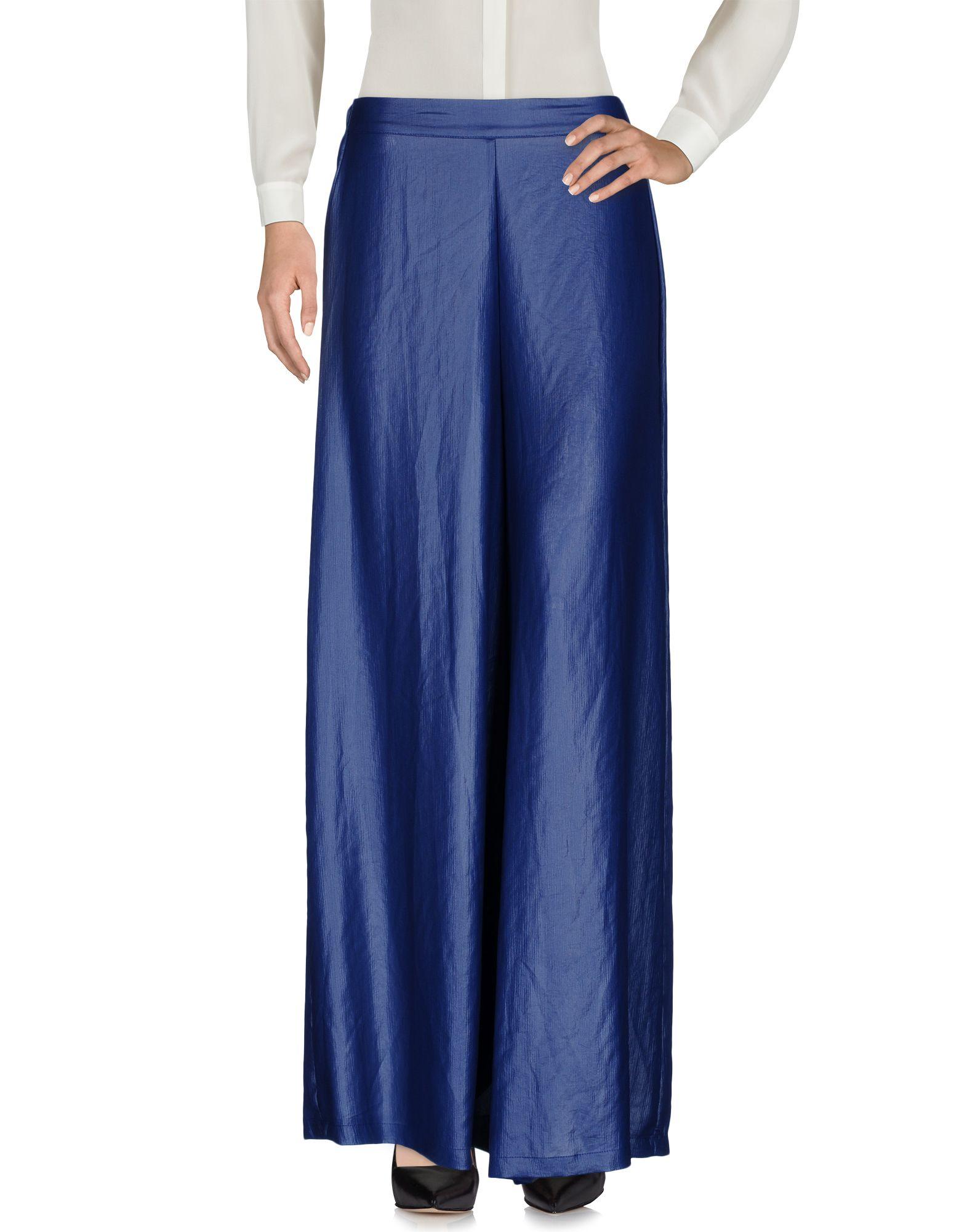 цена MARTIN ALVAREZ  Milano Повседневные брюки онлайн в 2017 году