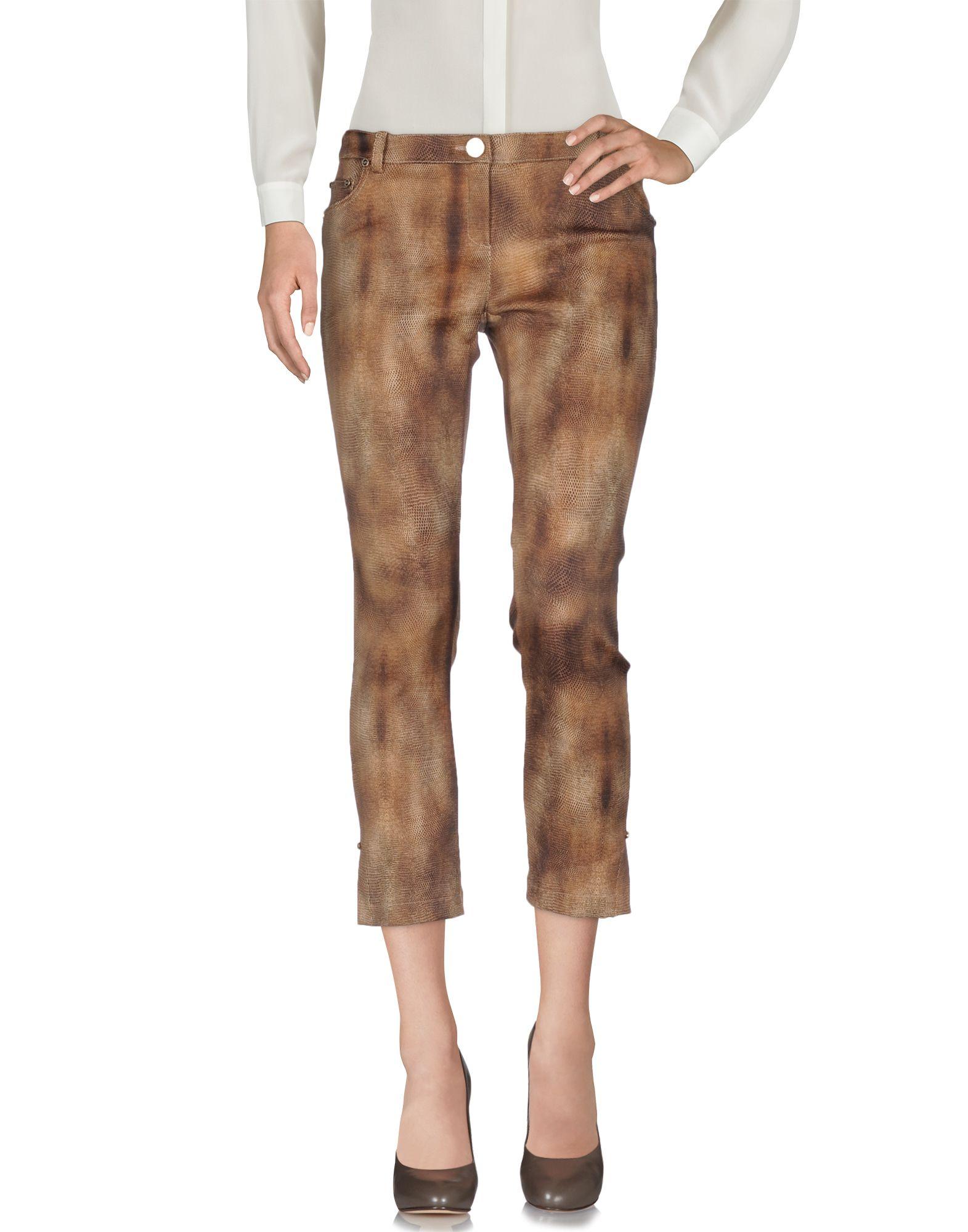Фото ELISABETTA FRANCHI GOLD Повседневные брюки. Купить с доставкой