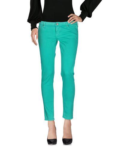 Imagen principal de producto de GUESS - PANTALONES - Pantalones - Guess