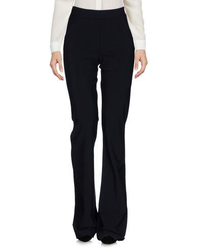 цена  CHIARA BONI LA PETITE ROBE Повседневные брюки  онлайн в 2017 году