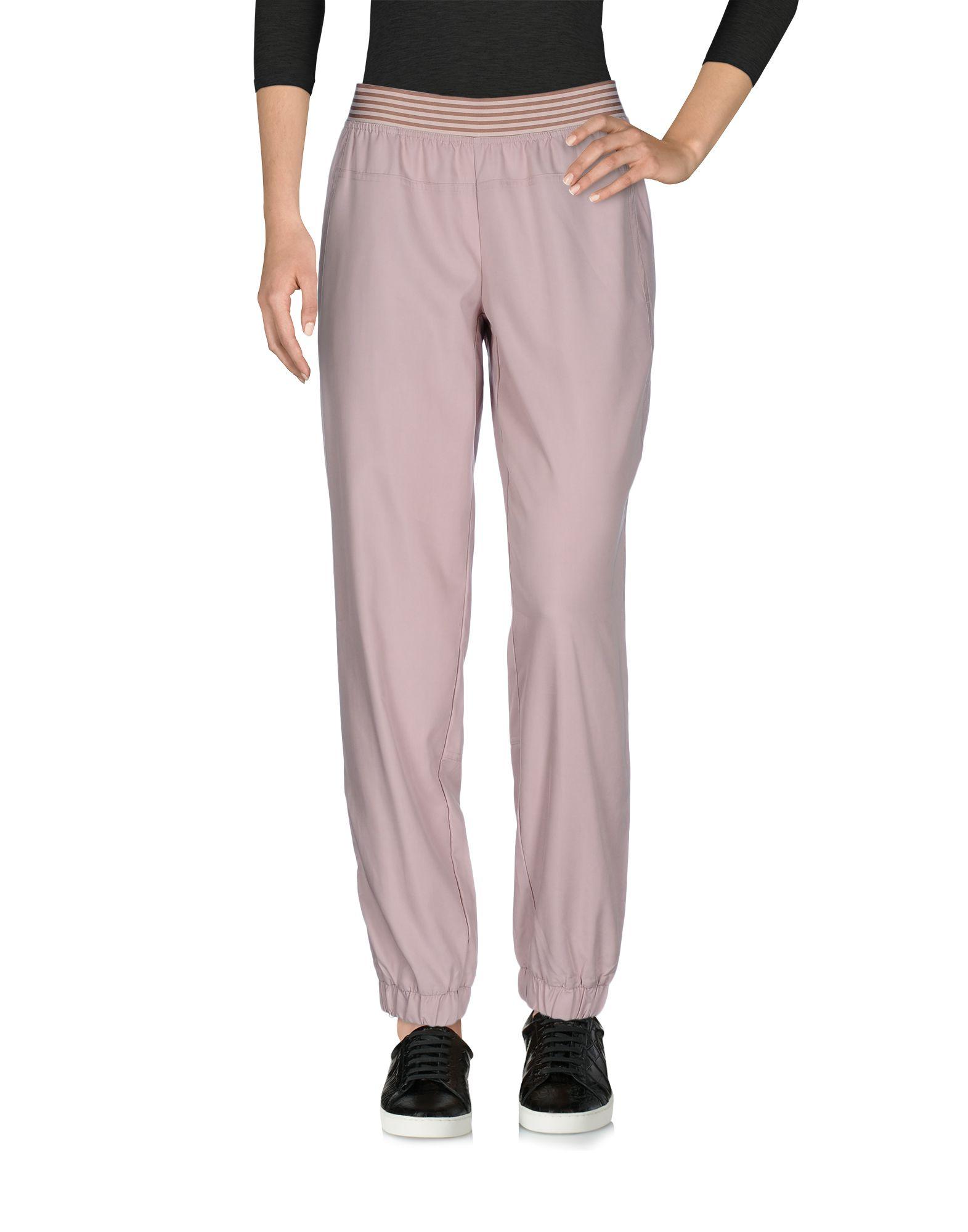 где купить  ADIDAS by STELLA McCARTNEY Повседневные брюки  по лучшей цене