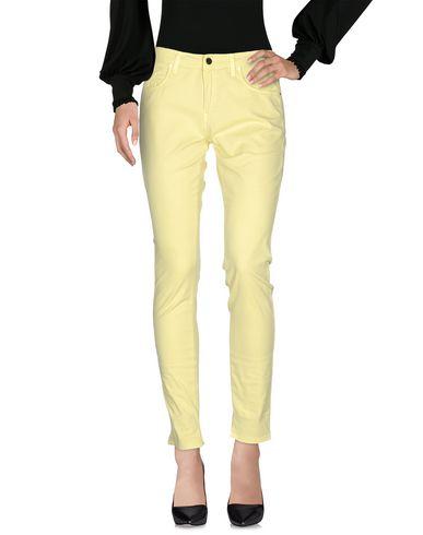 Купить Повседневные брюки от SFIZIO желтого цвета