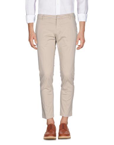 Фото - Повседневные брюки от MICHAEL COAL бежевого цвета