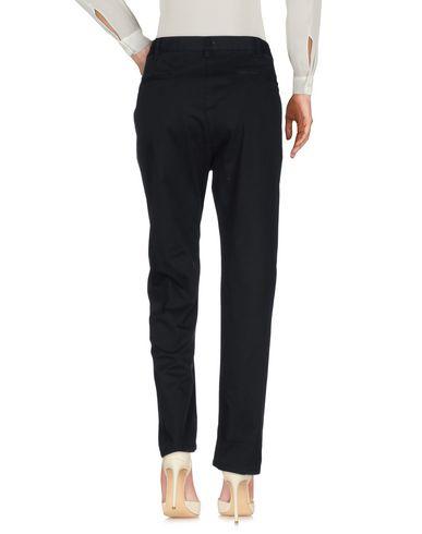 Фото 2 - Повседневные брюки от ALBERTO BIANI черного цвета