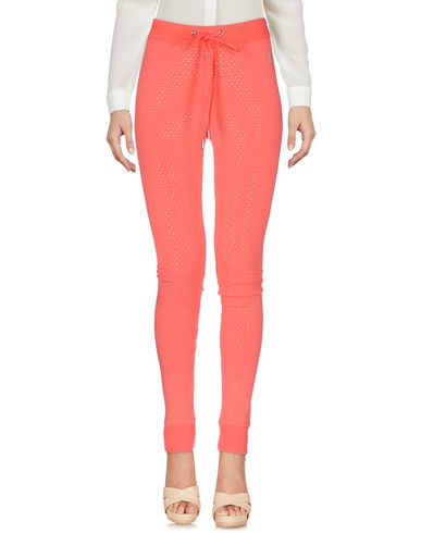 Купить Повседневные брюки от VDP CLUB кораллового цвета