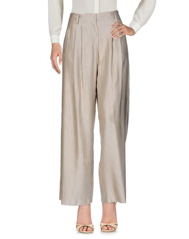 Фото - Повседневные брюки от FORTE_FORTE бежевого цвета
