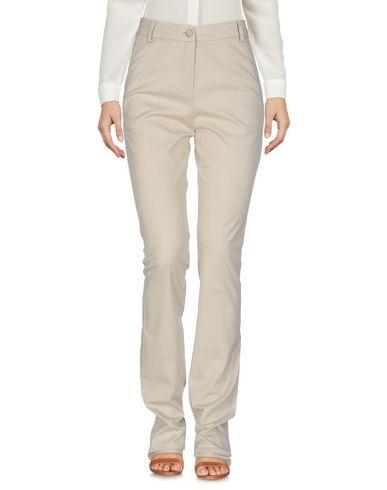 Фото - Повседневные брюки от ERMANNO DI ERMANNO SCERVINO бежевого цвета