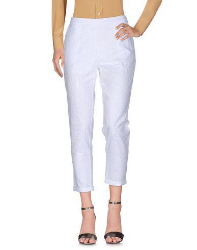 Фото - Повседневные брюки от SCEE by TWINSET белого цвета
