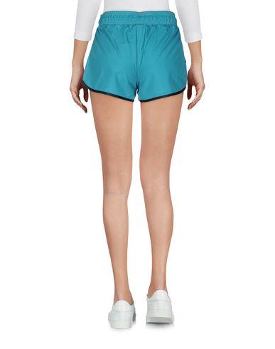 Фото 2 - Повседневные шорты от SHOESHINE кислотно-зеленого цвета
