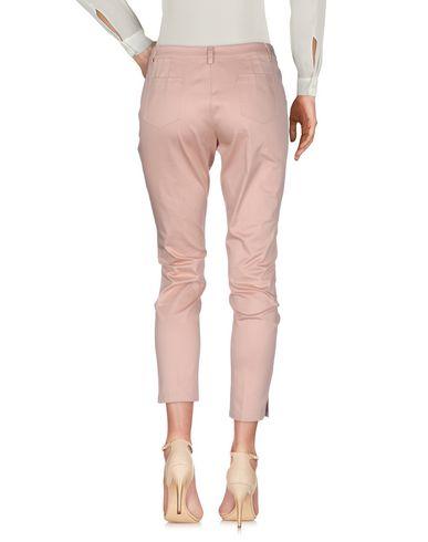 Фото 2 - Повседневные брюки от SCEE by TWINSET пастельно-розового цвета