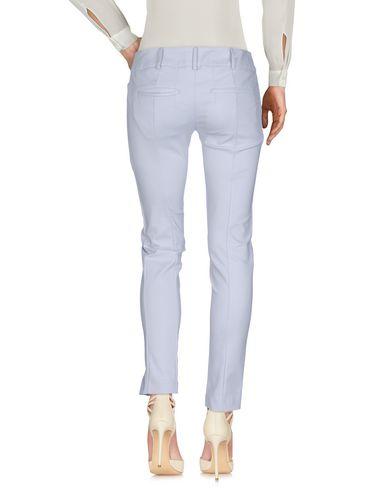 Фото 2 - Повседневные брюки серого цвета