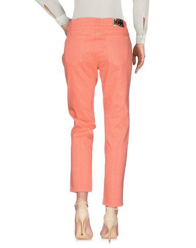 Фото 2 - Повседневные брюки от VDP CLUB кораллового цвета