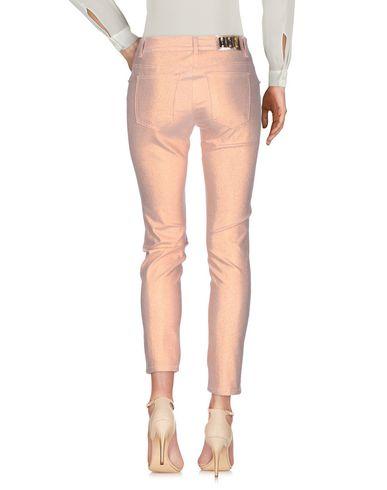 Фото 2 - Повседневные брюки от VDP CLUB розового цвета