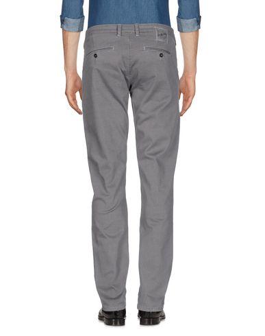 Фото 2 - Повседневные брюки от SHOCKLY серого цвета