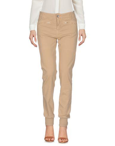 Купить Повседневные брюки от TWINSET бежевого цвета