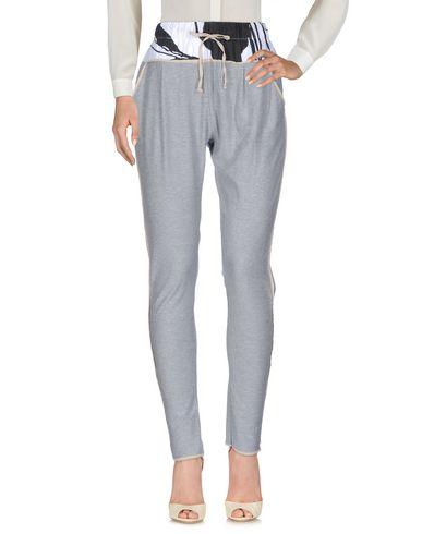 BRAND UNIQUE Pantalon femme