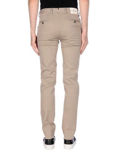 Фото 2 - Повседневные брюки от PT01 светло-серого цвета
