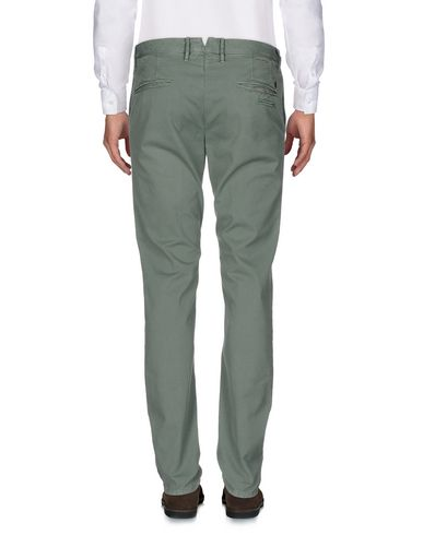Фото 2 - Повседневные брюки от INCOTEX зеленого цвета