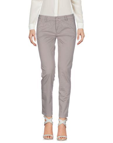 Фото - Повседневные брюки цвет голубиный серый
