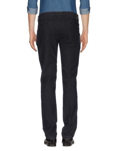 Фото 2 - Повседневные брюки от MICHAEL COAL черного цвета