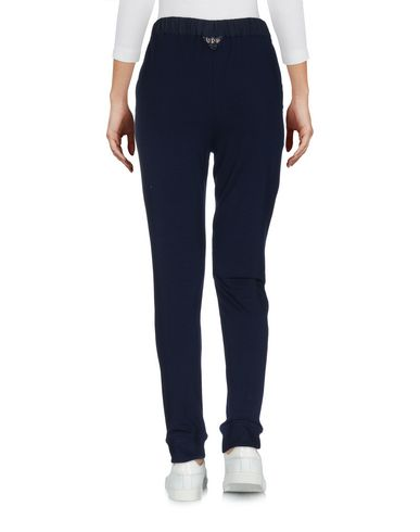 Фото 2 - Повседневные брюки от VDP CLUB темно-синего цвета