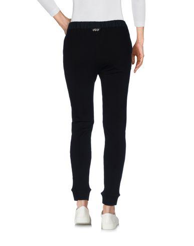 Фото 2 - Повседневные брюки от VDP CLUB черного цвета