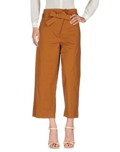 Фото - Повседневные брюки от TELA коричневого цвета