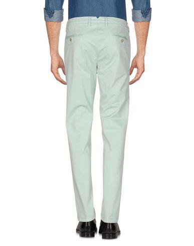 Фото 2 - Повседневные брюки от FRADI светло-зеленого цвета