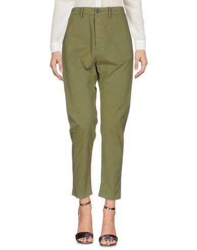 Фото - Повседневные брюки от TRUE NYC. цвет зеленый-милитари