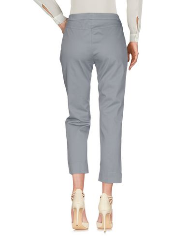Фото 2 - Повседневные брюки от ASPESI светло-серого цвета