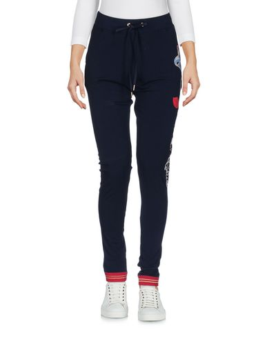 Фото - Повседневные брюки от VDP CLUB темно-синего цвета