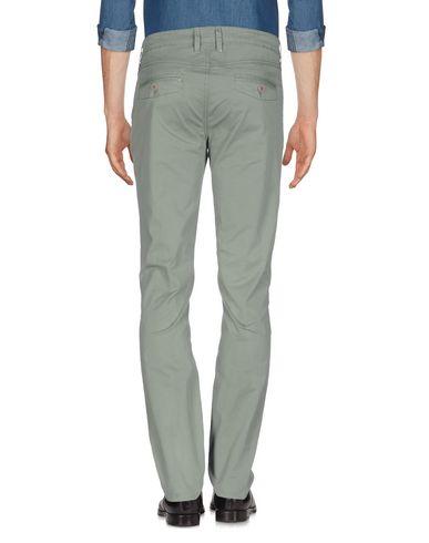 Фото 2 - Повседневные брюки от LIU •JO MAN светло-зеленого цвета