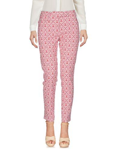 Фото - Повседневные брюки пастельно-розового цвета