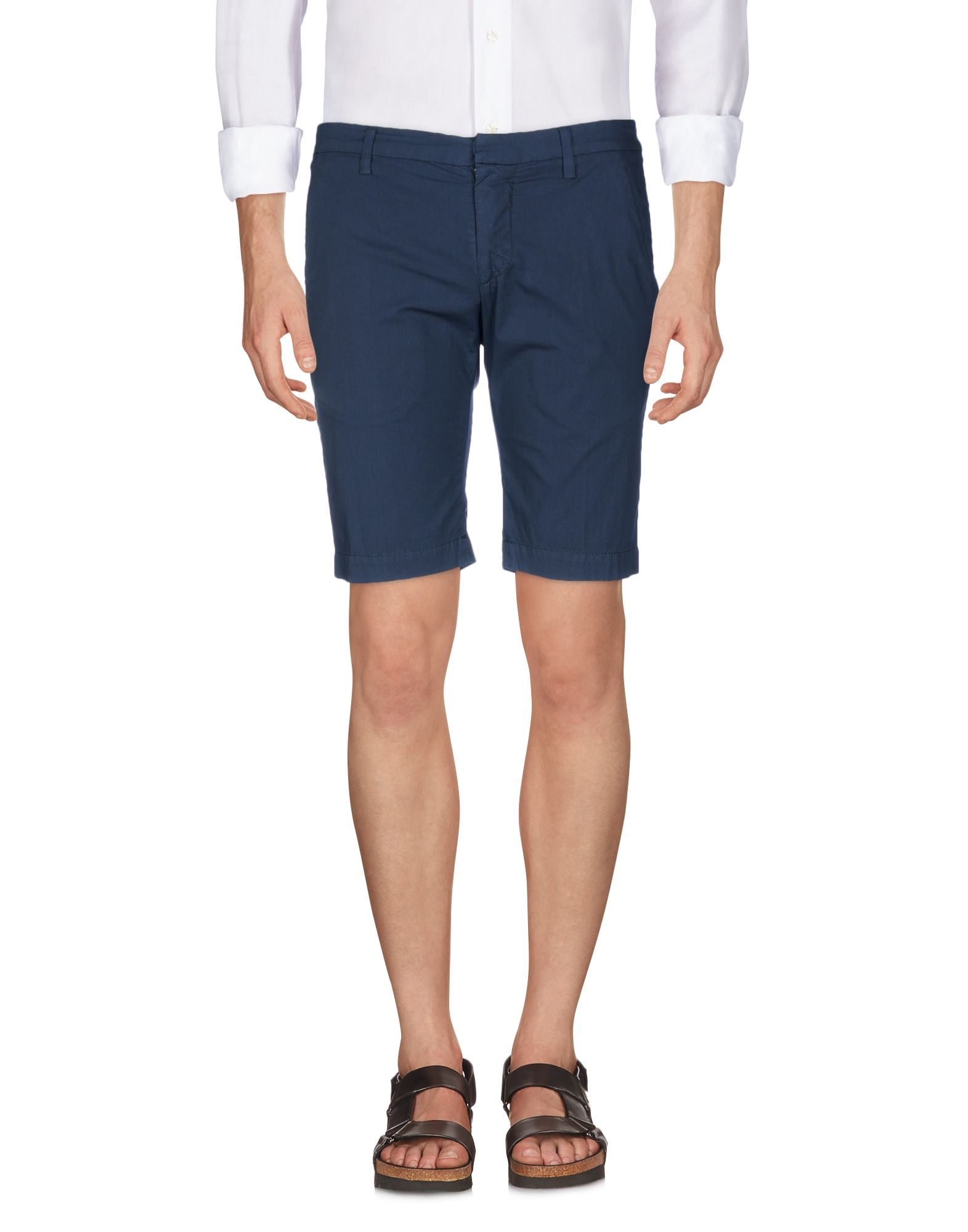 DONDUP Bermudas. plain weave, logo, solid color, low waisted, regular fit, straight leg, hook-and-bar, zip, multipockets, stretch, chinos. 96% Cotton, 4% Elastane