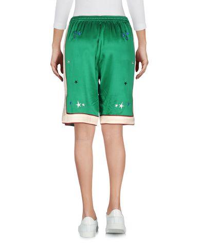 Фото 2 - Женские бермуды  зеленого цвета
