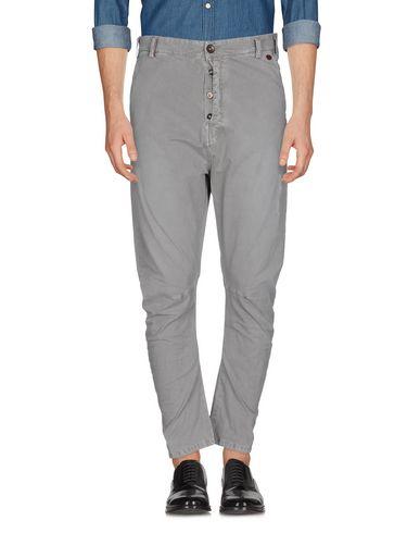 Фото - Повседневные брюки от BERNA серого цвета