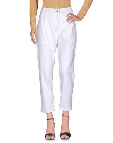 Фото - Повседневные брюки от ALPHA STUDIO белого цвета