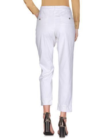 Фото 2 - Повседневные брюки от ALPHA STUDIO белого цвета