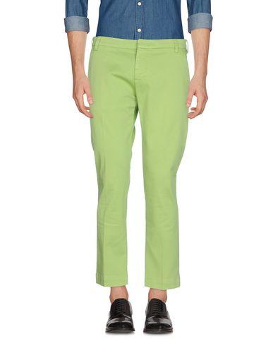 Фото - Повседневные брюки от ENTRE AMIS зеленого цвета