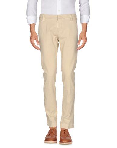 Фото - Повседневные брюки от ENTRE AMIS бежевого цвета