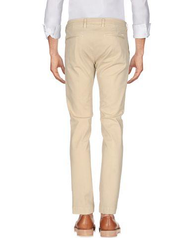 Фото 2 - Повседневные брюки от ENTRE AMIS бежевого цвета