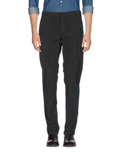 Купить Повседневные брюки темно-зеленого цвета