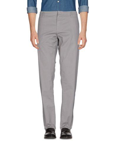 Фото - Повседневные брюки от SIVIGLIA светло-серого цвета