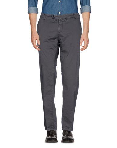 Фото - Повседневные брюки от MYTHS цвет стальной серый