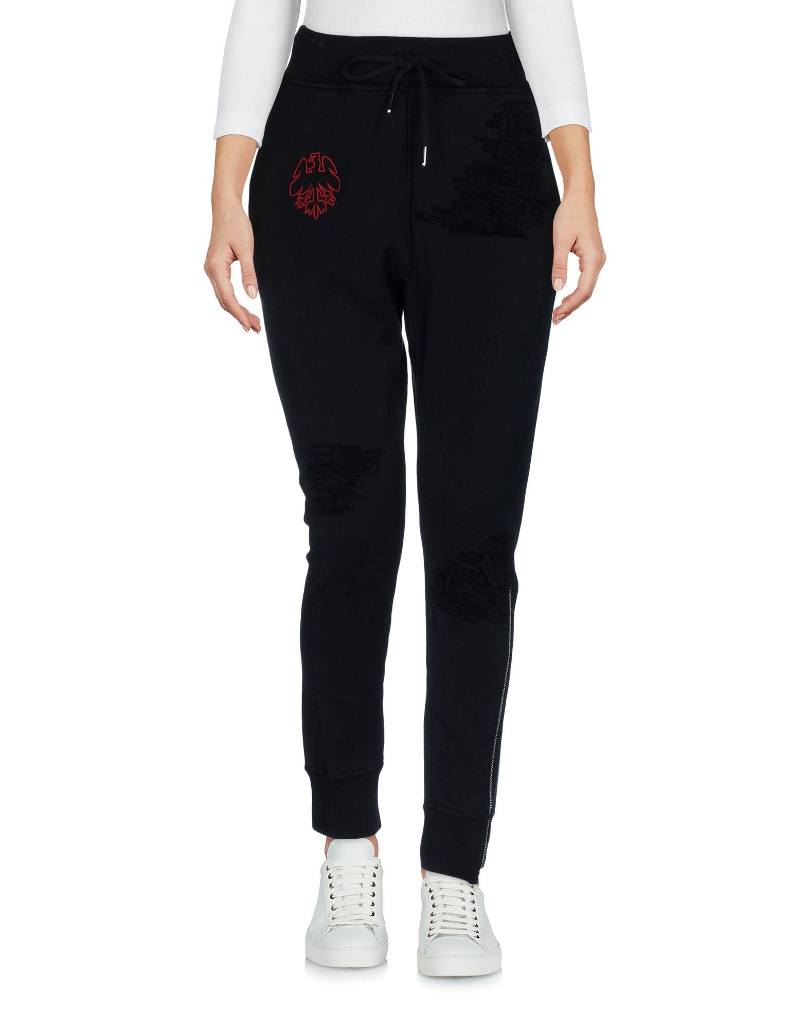 Фото DSQUARED2 Повседневные брюки. Купить с доставкой