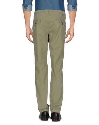 Фото 2 - Повседневные брюки от 40WEFT светло-зеленого цвета