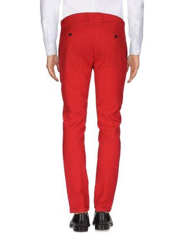 Фото 2 - Повседневные брюки от DEPARTMENT 5 красного цвета